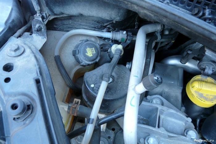 электрический разъем топливного фильтра renault kangoo ii