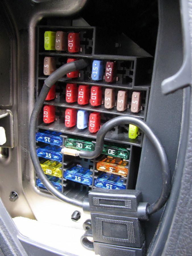 Включение стеклоподъемников на Renault Duster в обход зажигания.