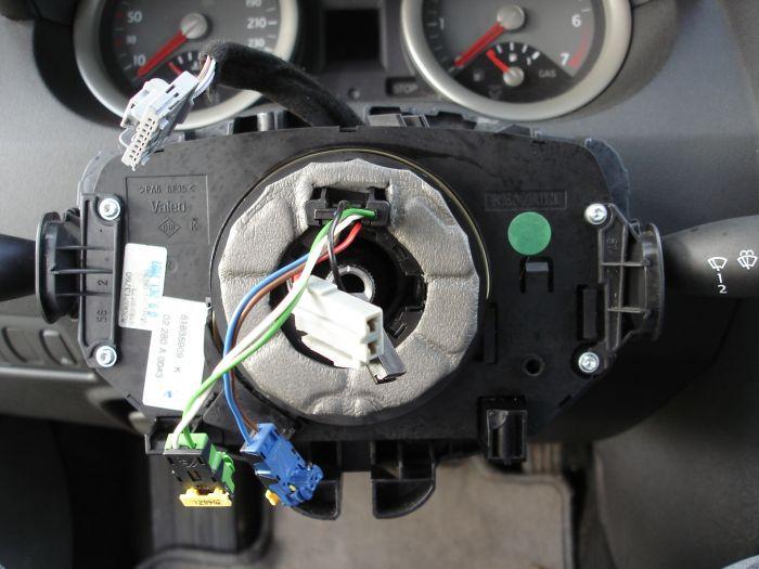 Как заменить шлейф на руле